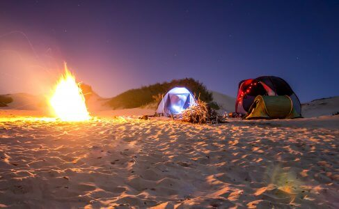 Throw tent, ideal for camping holidays